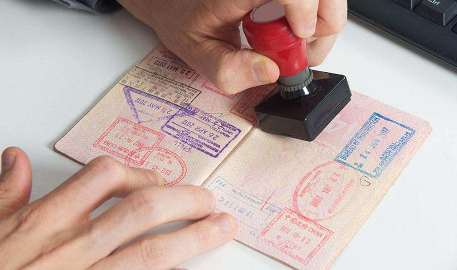 Россия и Белоруссия взаимно признают визы 13 декабря