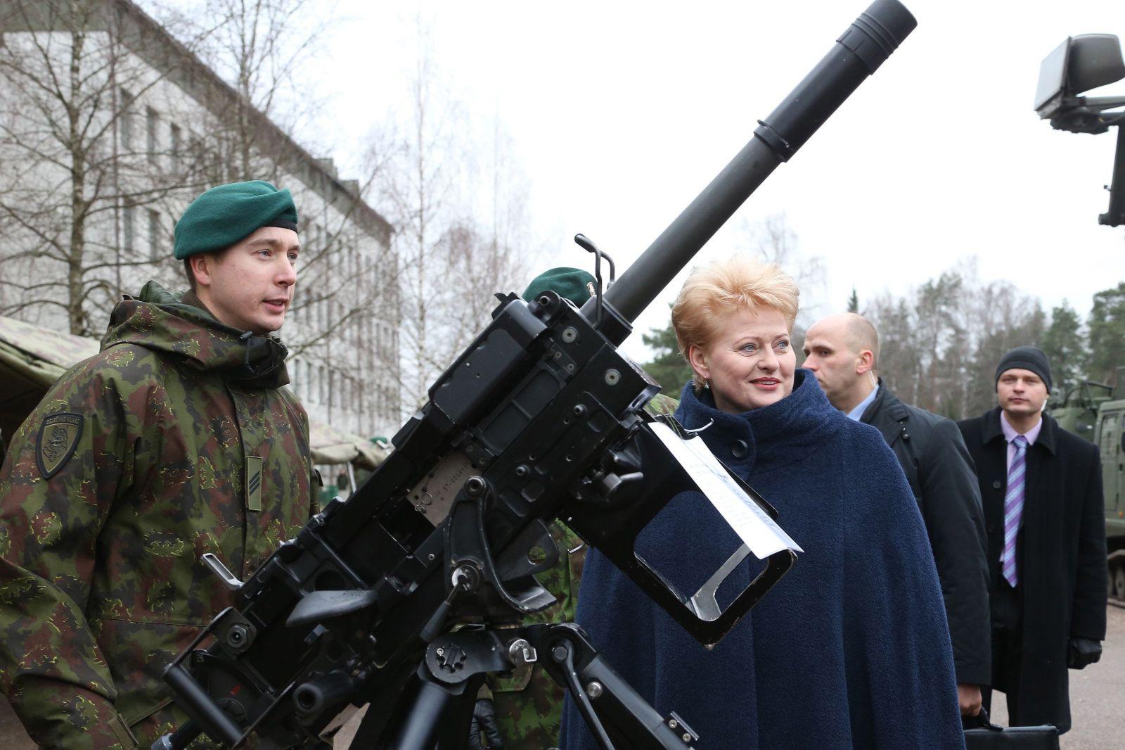 Снова доносится эхо: Путин введи войска