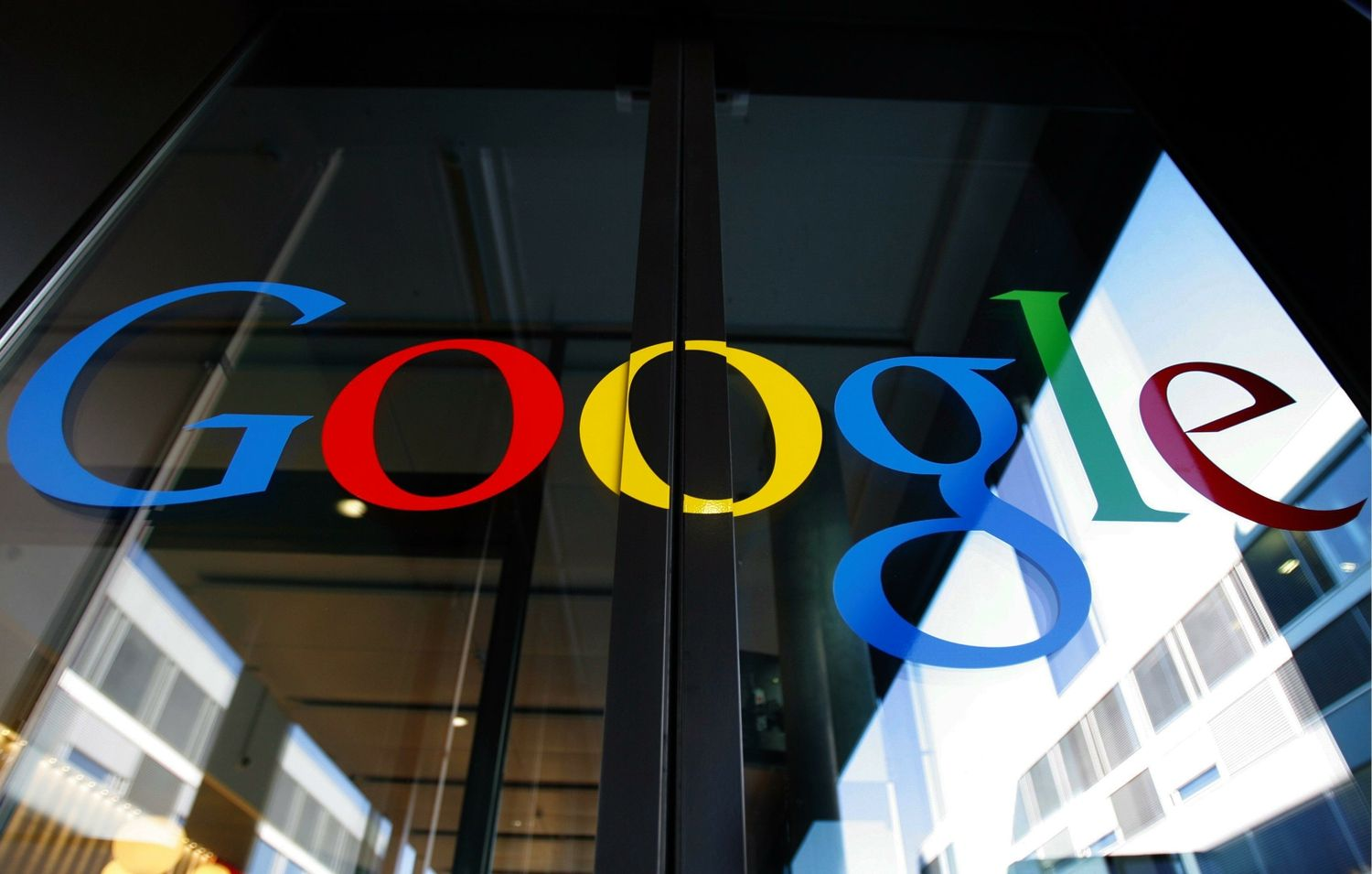 google inc Google inc ps when opening the package, please do open it on the floor, for safety purposes oh, and a letter from google inc to the fcc certifying the wireless hardware is within specifications.