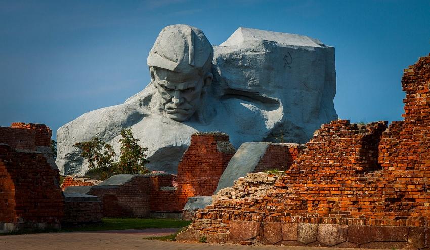 Картинки по запросу brestskaya krepost