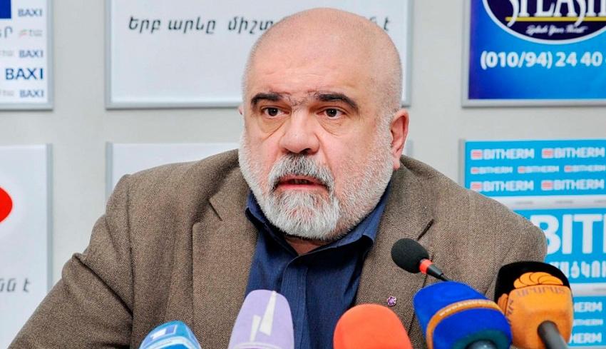 Александр Искандарян: Референдум в Нагорном Карабахе – это консолидация перед угрозой
