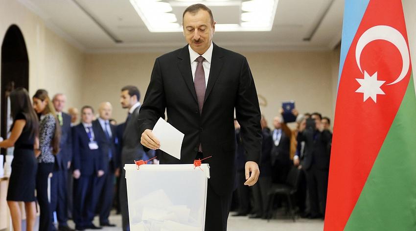 Досрочные выборы в Азербайджане: ждать ли обострения карабахского конфликта?