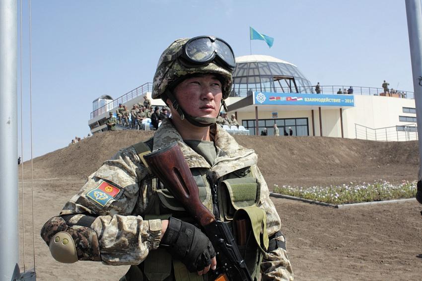 ВТаджикистане проходят учения ОДКБ поантитеррору внепланового характера