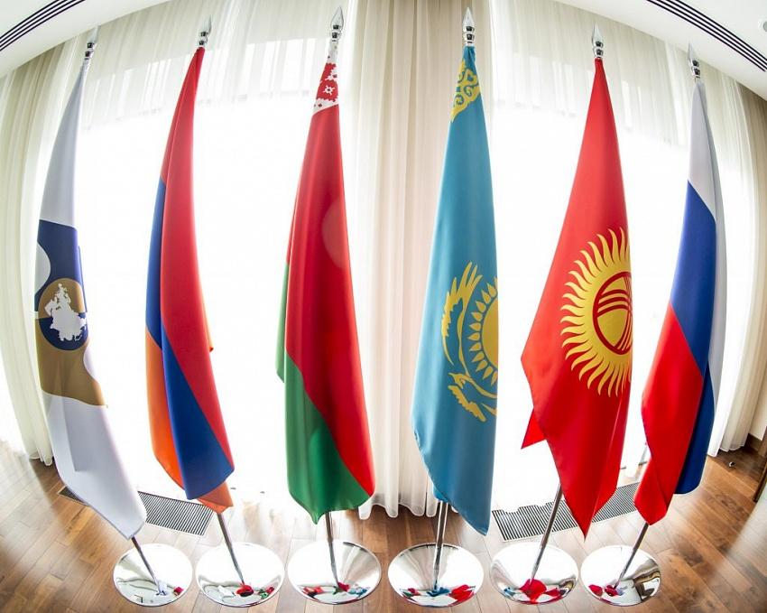 Доклад ЕАБР: Армения, Беларусь и Казахстан сблизились с Россией по уровню ВВП