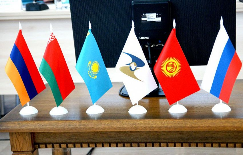Новый подход к решению старых проблем: в ЕАЭС сформируют оперативный комитет для урегулирования спорных вопросов перемещения товаров через границы