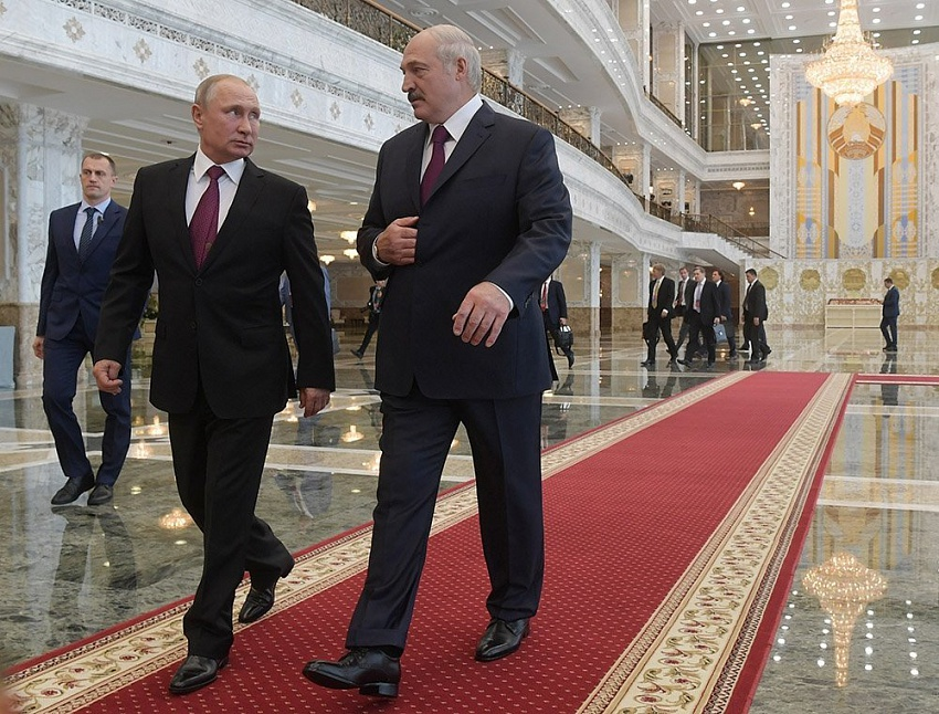 Союз России и Беларуси в меняющемся мире: деконструкция или центр притяжения