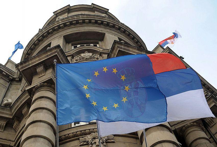Евросоюз переходит в наступление на западных Балканах