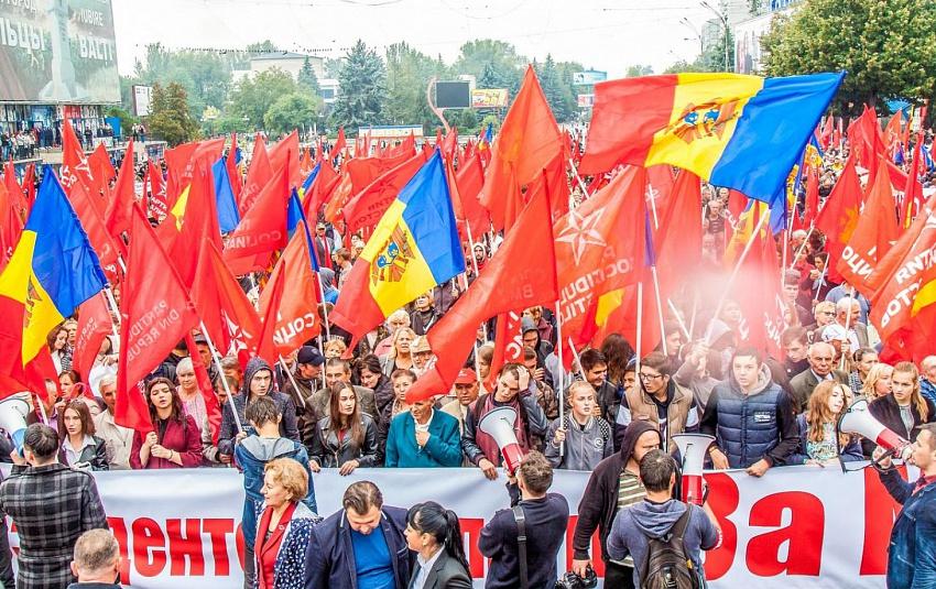 Лидер социалистов Молдовы: Дискриминация русского языка создает угрозу безопасности