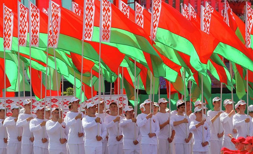 Восприятие белорусской молодежью союза с Россией меняется - социологи