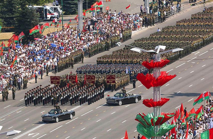 3 уникальных военных парада: Беларусь, Венесуэла, США